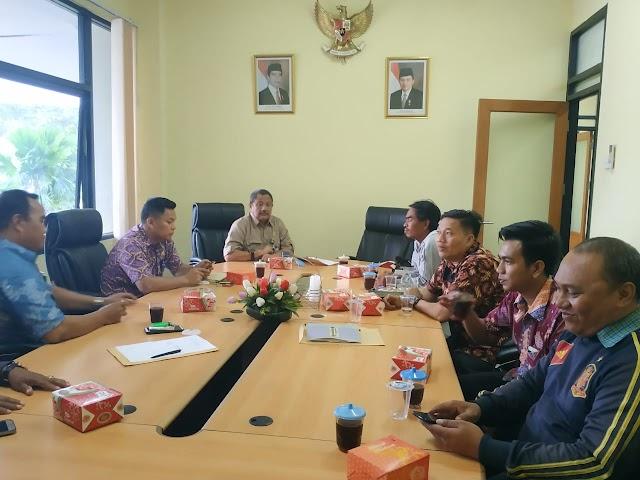 DPRD Kabupaten Tangerang hearing dengan  Camat , aktivis dan pelaku usaha bahas dampak banjir dan AMDAL