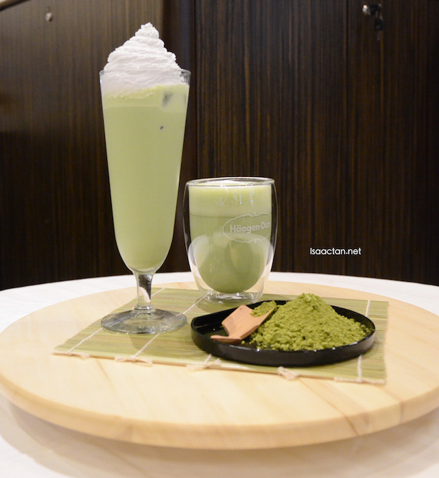 Green tea flavoured latte
