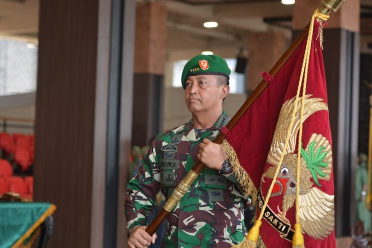 Digadang-gadang Jadi Calon Kuat Panglima TNI, Hal Ini Justru Jadi Penghambat KSAD Andika Gantikan Marsekal Hadi