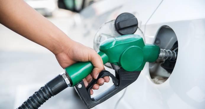 Importación de gasolina premium crece 171.44 % en 10 años