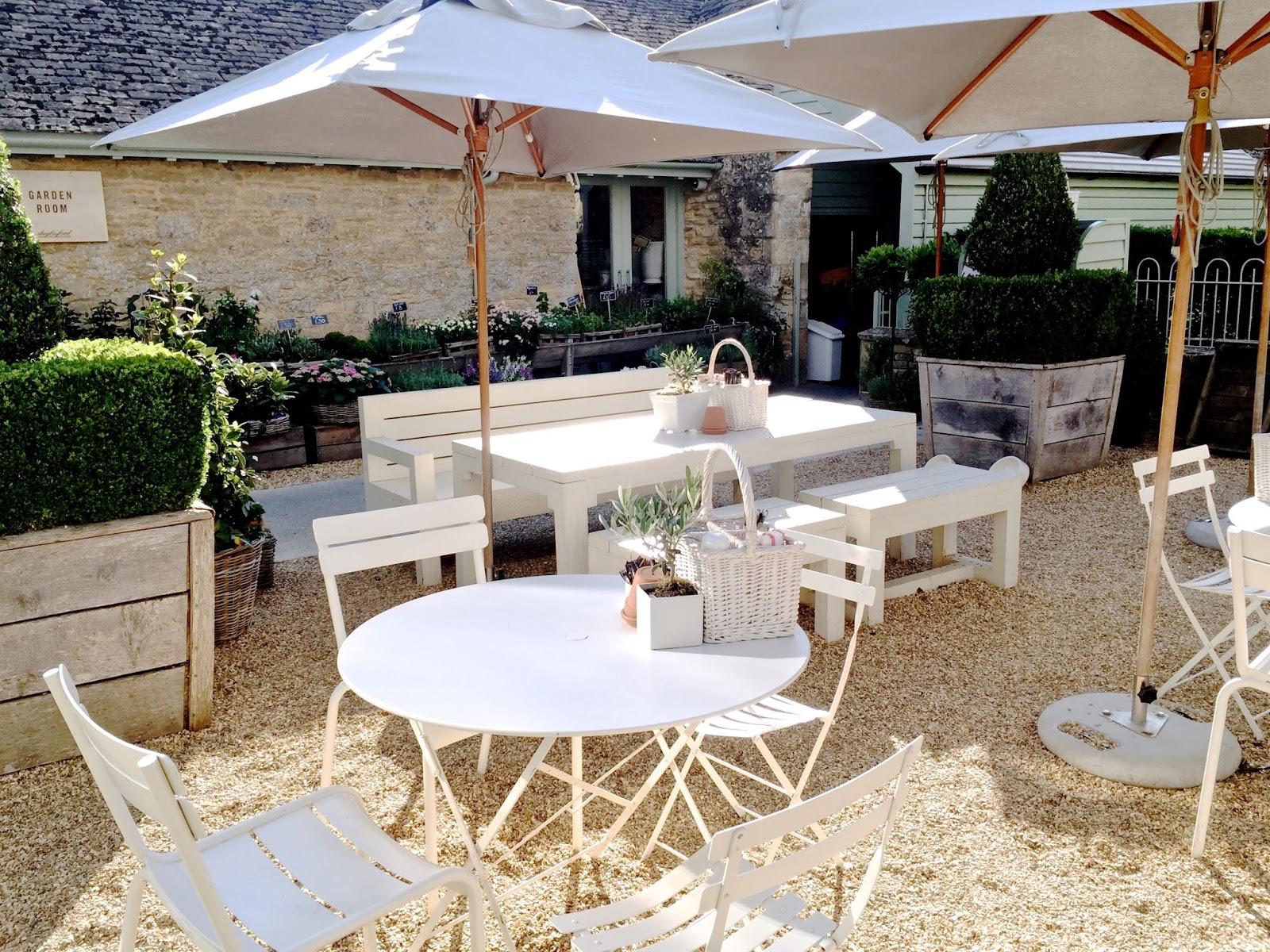 Daylesford Farm outdoor cafe