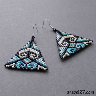 купить серьги из бисерат beaded earrings peyote triangles beadwork jewelry