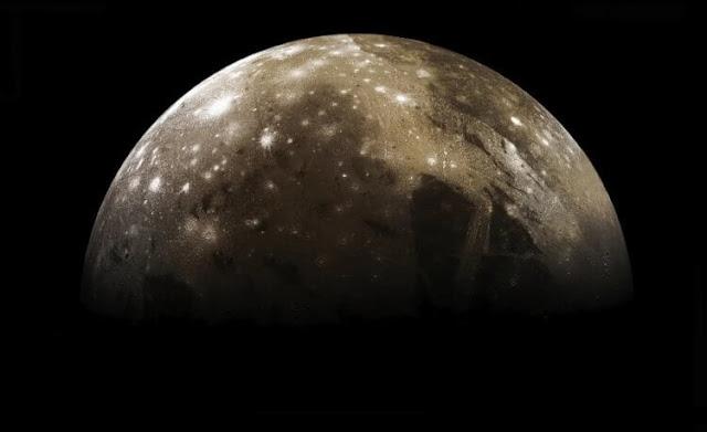 Что такое ударный кратер и какой из них самый большой в Солнечной системе?