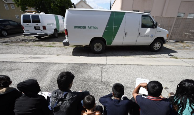 Migrants dropped off at bus stations as border patrol shelters overflow