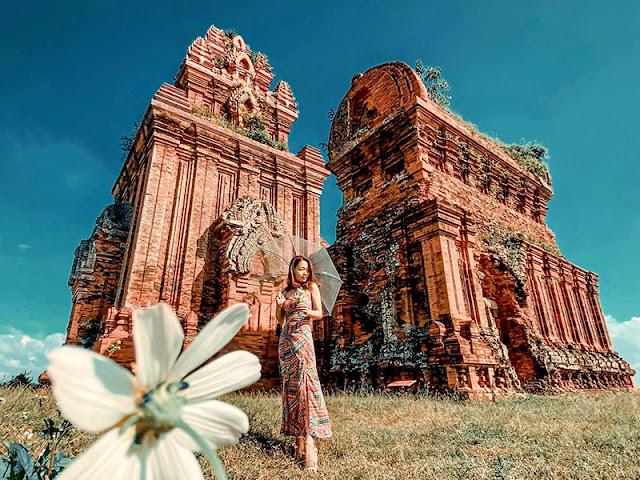 Check-in tháp bánh ít Quy Nhơn