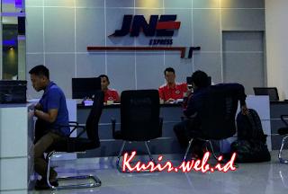 alamat agen JNE di Tangerang.