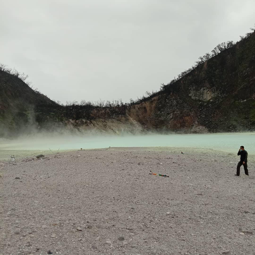 wisata bandung populer alam kawah putih