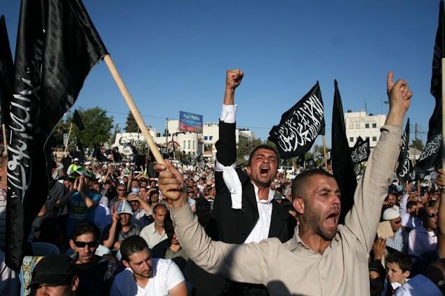 Terrorszervezet üzent a V4NA nemzetközi hírügynökségnek