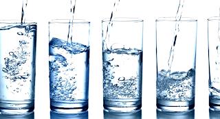 सुबह जल्दी जग कर पानी पिने के फायदे ।