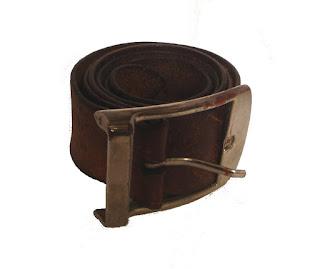 Rénovation vieille ceinture en cuir : vue de l'ancienne
