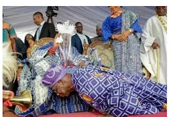 Pictures Of Nigerians Obasanjo Have Bow Down To