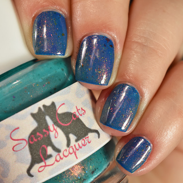 sassy-cats-lacquer-ocean-wildfires-topper-blue-base-1