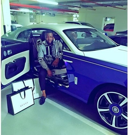 Houses Decked in Gold, Spraying Money from a Gun & More: Meet the 'Rich Kids of Nigeria' (Photos)