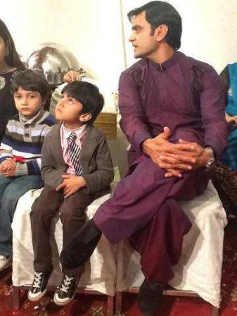 Shahid Name Wallpaper Hd Mohammad Hafeez Family Latest Pictures 2013 All Cricket