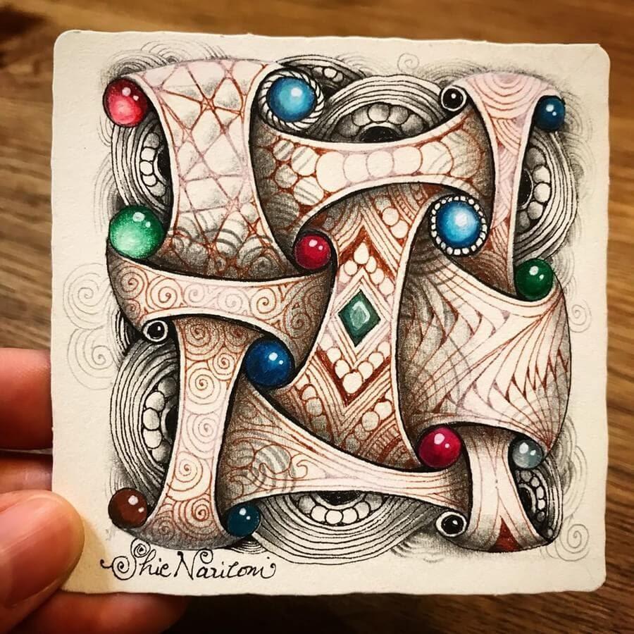 02-Shie-Naritomi-Intricate-Geometric-Zentangle-Drawings-www-designstack-co