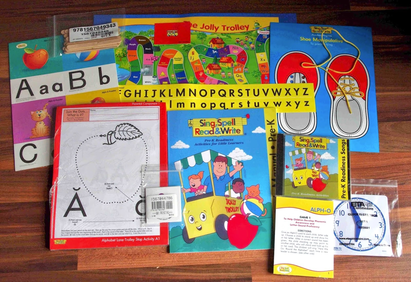 Sing spell read and write a-z phonics cards