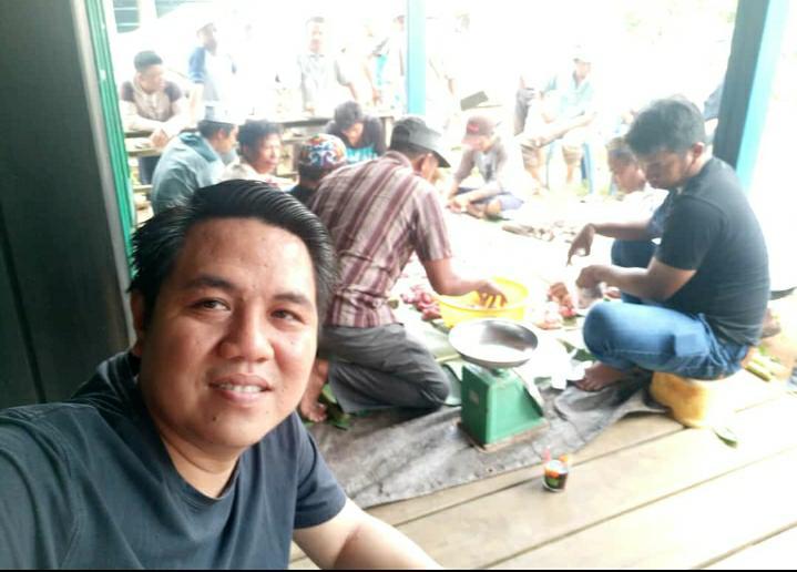 Sambut Hari Raya Idul Adha, Waket DPRD Bartim Berbaur Gotong royong Sekaligus Silaturahmi
