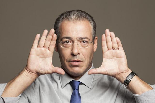 Πετάει το γάντι ο Μάνεσης!!! Και κάνει με τα κρεμμυδάκια τον Λαζόπουλο (ΒΙΝΤΕΟ)