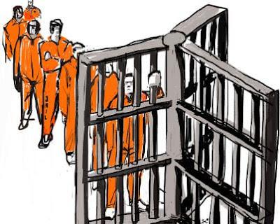 10 شركات تستخدم العمالة في السجون لجني الأرباح