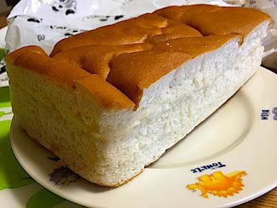 辰野製パン工場の牛乳パン(中身)