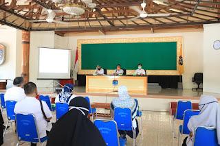 Rapat Pengarahan Walikota Tarakan Terkait Surat Tugas pada Gugus Tugas Percepatan Pencegahan Covid 19 - Tarakan Info