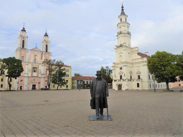 piazza del municipio di kaunas