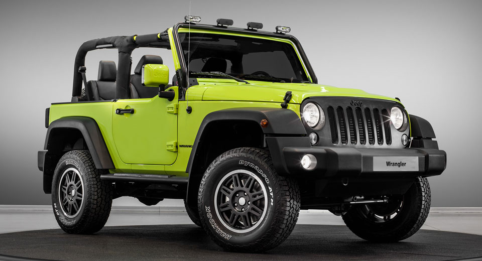 jeep rolling into paris with special moparized wrangler renegade. Black Bedroom Furniture Sets. Home Design Ideas