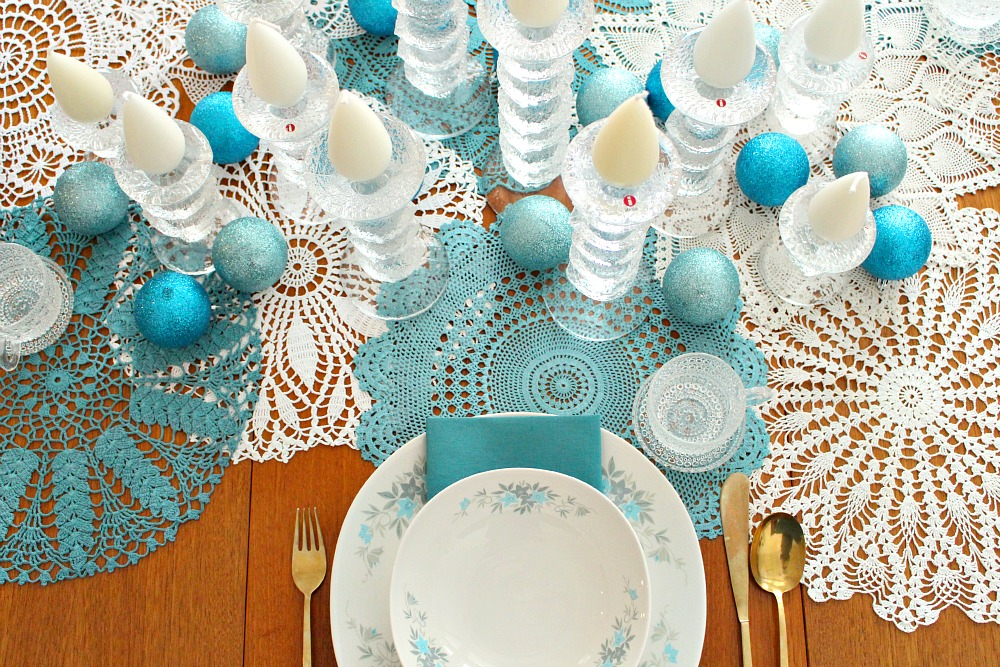 How to decorate with vintage doilies