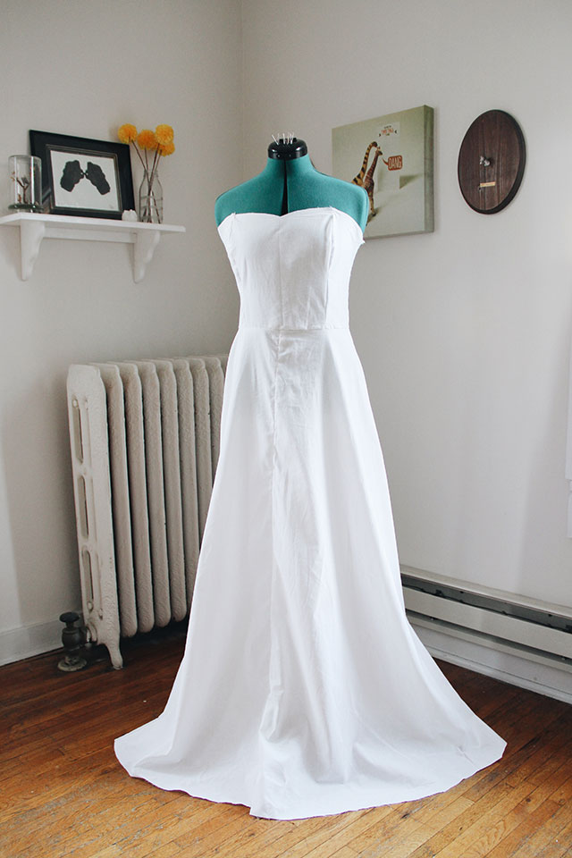 Making your own bridal gown - try a test dress first