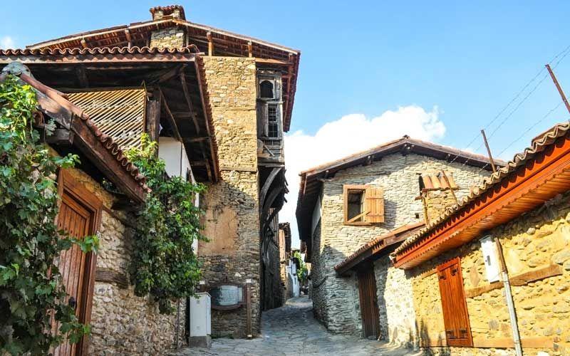 türkiye'de gezilecek en otantik yerler birgi köyü