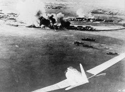 【真珠湾攻撃】「日本軍の戦闘機が出撃する様子」【海外反応】