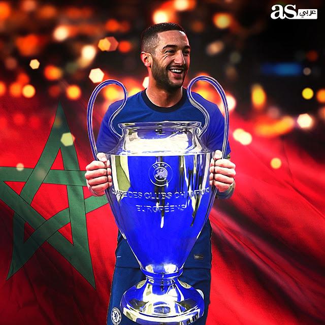 زياش يرفع كأس دورى أبطال أوروبا 2021