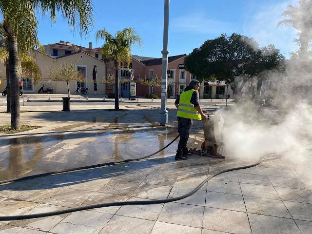 Ναύπλιο: Καθαρισμός και Απολύμανση δρόμων και πλατειών με ειδικό μηχάνημα