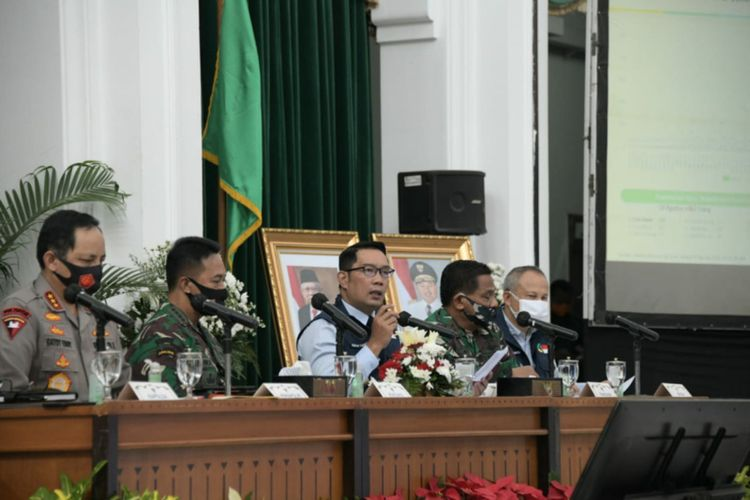 Ridwan Kamil Disuntik Vaksin Covid-19 pada 25 Agustus