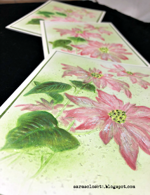 Sara Emily Barker https://sarascloset1.blogspot.com/2020/12/poinsettia-embossing-with-oxides.html 3D Poinsettia Christmas Cards #timholtz #3dpoinsettia #christmas 1