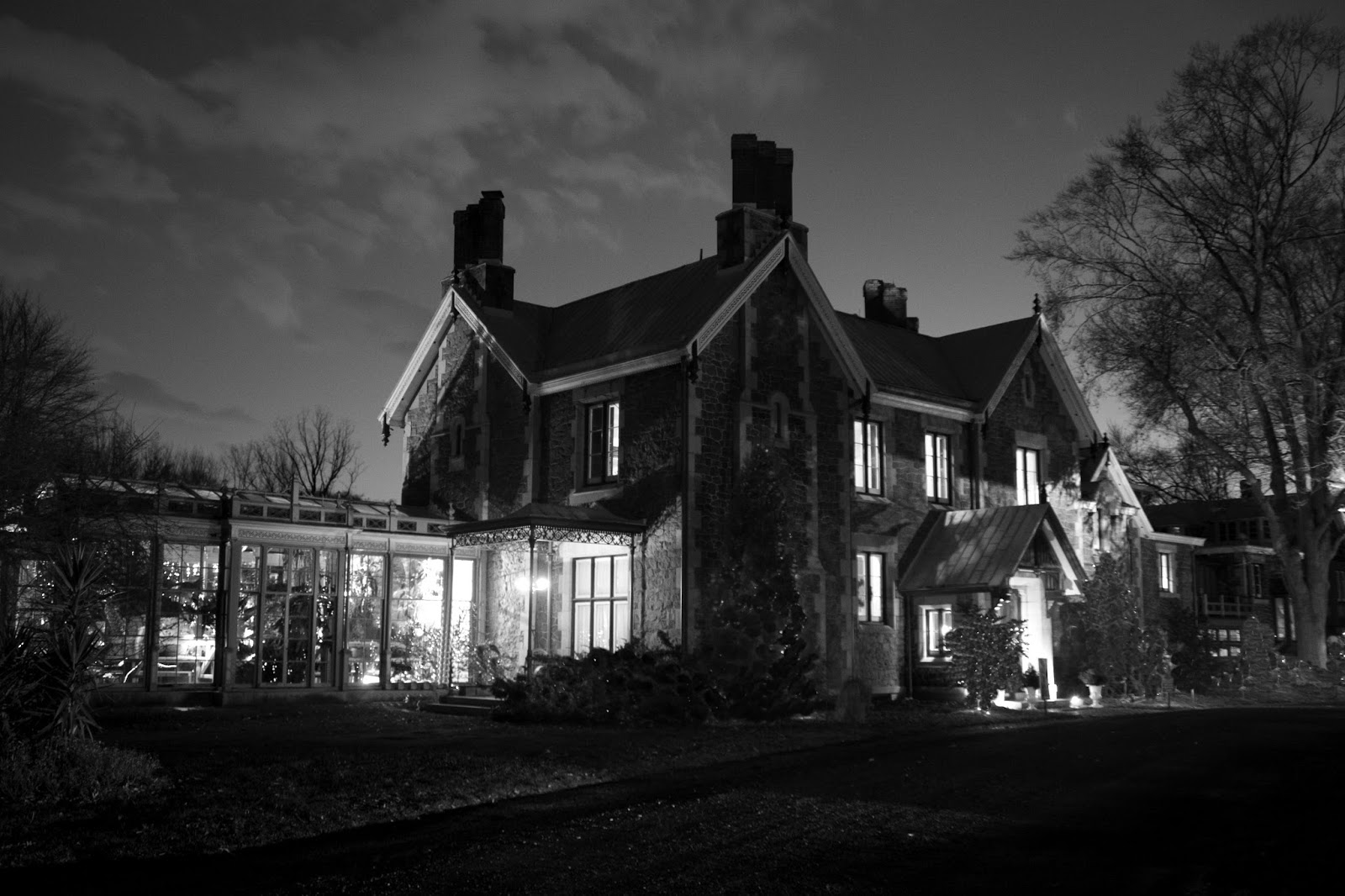 "SyFy's ""Ghost Hunters"" At The Rockwood Museum Airs 9PM"