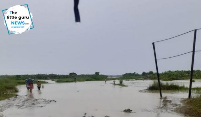 बागमती-लालबकैया के जलस्तर में हो रही लगातार वृद्धि से नदी का पानी घुसने लगा कई गांवों में