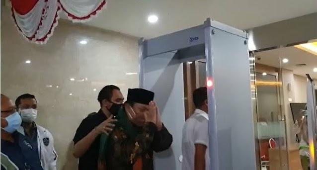 Denny Siregar Cs Naikkan Tagar #TangkapYahyaWaloni, Bareskrim Langsung Bekuk Yahya Waloni