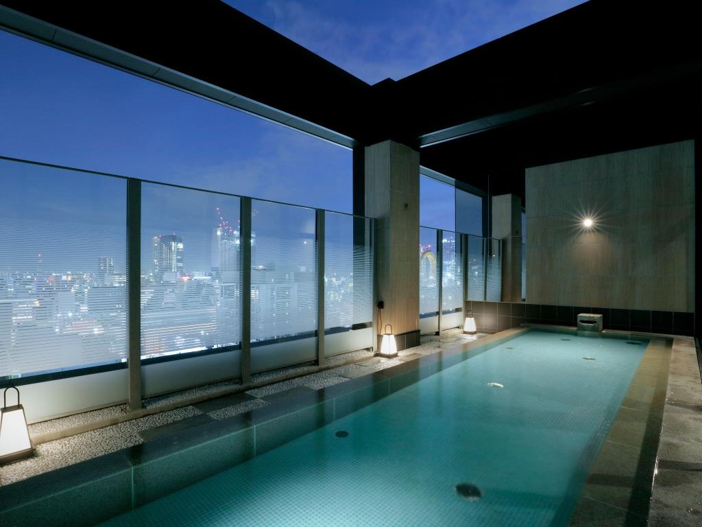 Hotel Review] The Center of Osaka Nightlife - Candeo Hotels Osaka ...