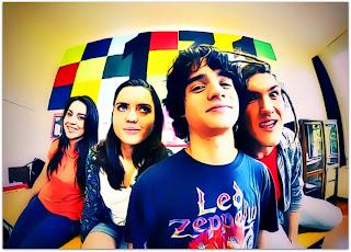 Diego Acauan, Renata Stein, Jessica Christmann e Kevin Brezolin, em Clarice-Tom (2011)