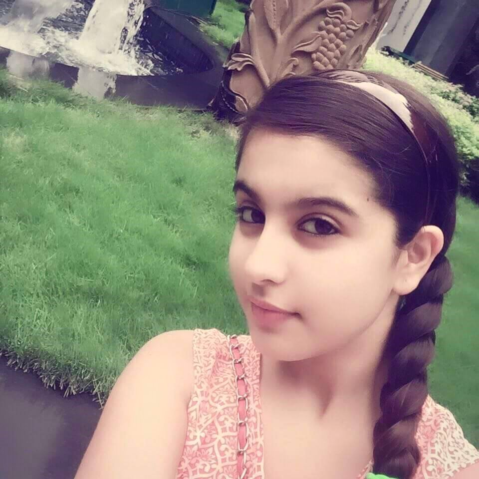 Tunisha Sharma Instagram Photos Images Wallpapers Free Download