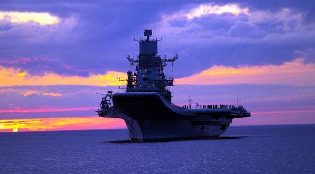 Kapal induk India INS Vikramaditya