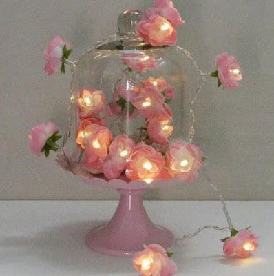 Como reaproveitar as luzes de natal na decoração