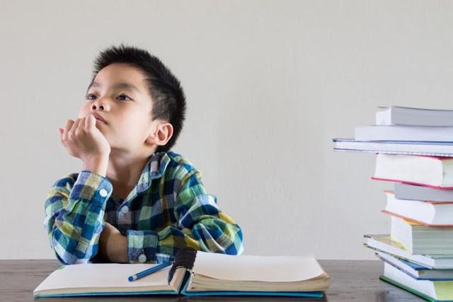 Dampak Buruk Jika Anak Terlalu Lama Belajar dari Rumah