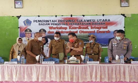 Arsipan Nani Ungkap Perjuangan Pemkab Bolmut Atas Pembangunan Perbatasan Negara di Pinogaluman.lelemuku.com.jpg