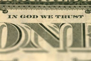 Origen de las Criptomonedas y el Bitcoin In-god-we-trust-dollar
