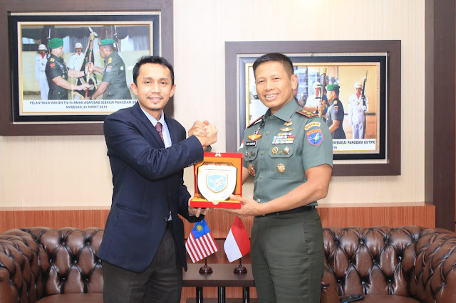 Pangdam XII/Tpr Terima Kunjungan Konsulat Malaysia