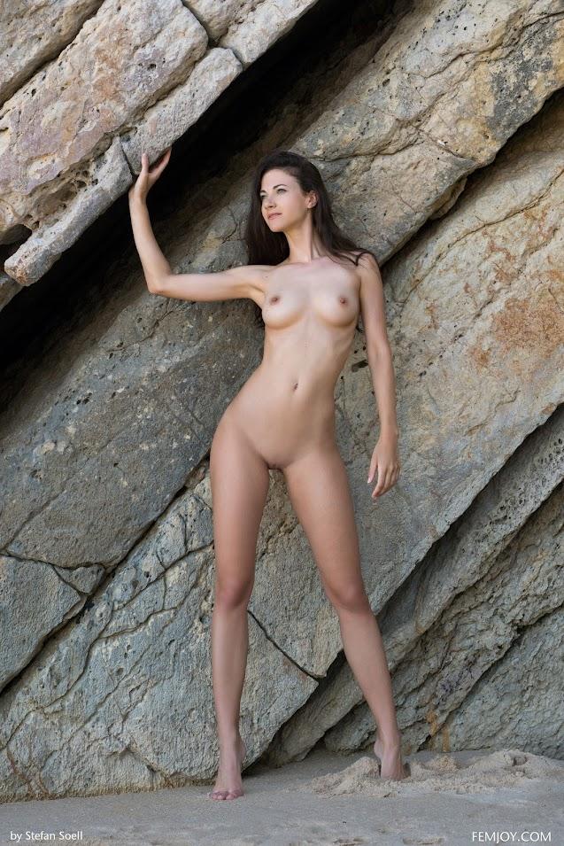 FemJoy Lauren Meet Me At The Beach - idols