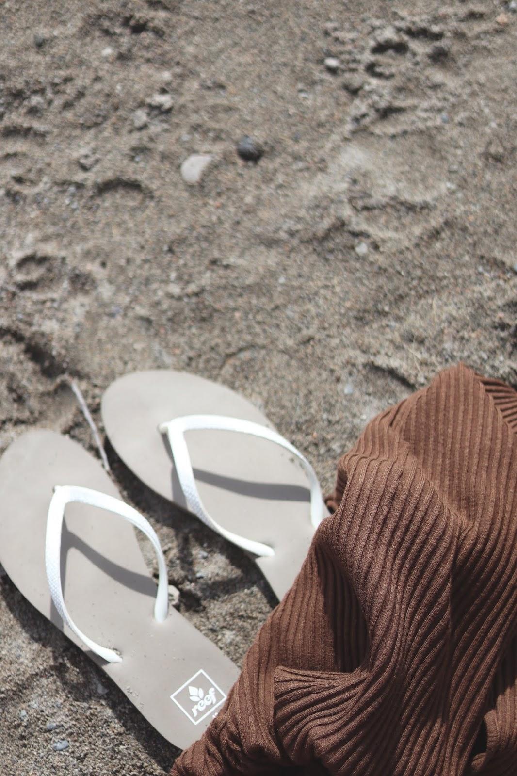 reef sandals flip flops