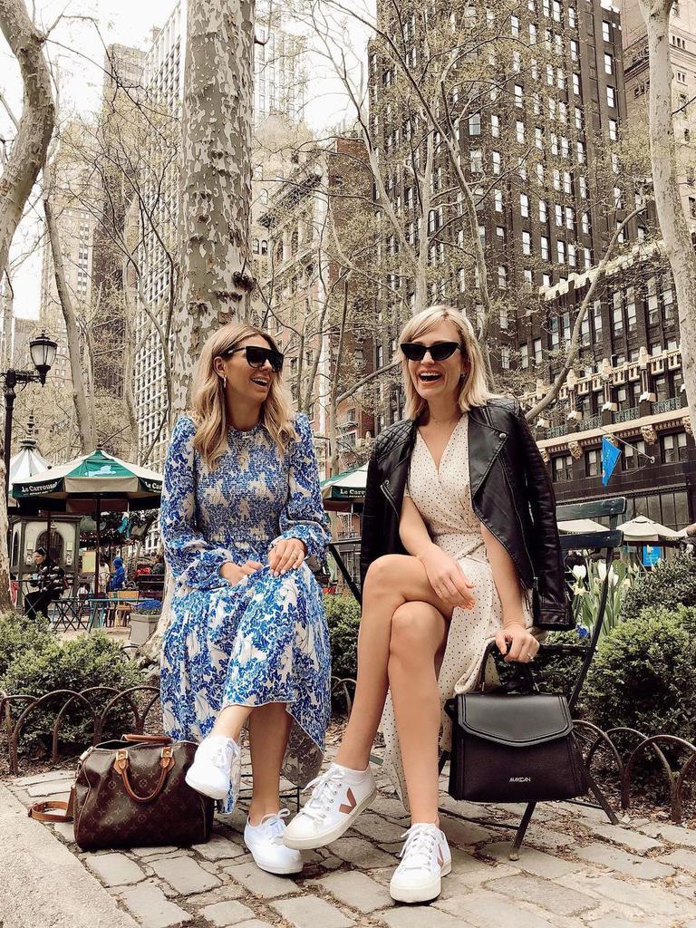 moda-fashion-haljine-tenisice-društvene-mreže-miss7-klix-zabava-druženje-lifestyle-žena-magazin-zadovoljna-savršena-žena